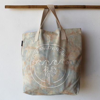 island bag batik